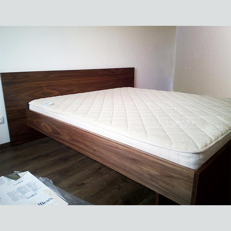 Кровать двуспальная (шпон ореха)